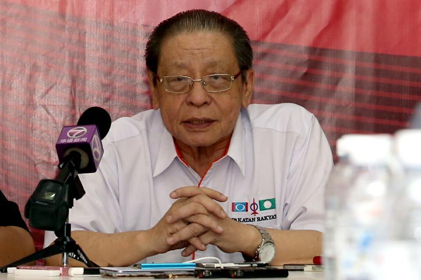 Lim Kit Siang has been at the forefront of criticisms against PAS, recently reminding the party that this was the very issue that had decimated the opposition in Election 2004. — Picture by Saw Siow Feng