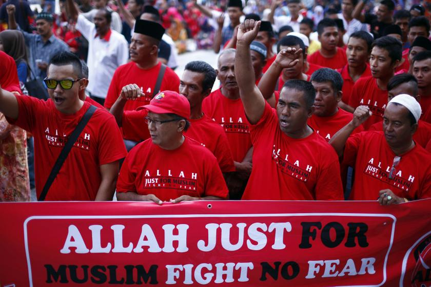 Malaysia continues to experience tense interfaith relations as the country's minorities chafe at rules that curb their worship, such as the restrictions on the non-Muslim use of 'Allah', the Arabic word for God. — Reuters pic
