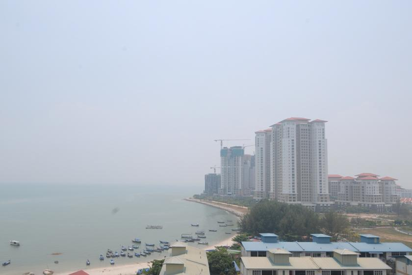 The coast off the island in the background (where the high rises are) is marked for the proposed Sri Tanjung Pinang II reclamation project that will cover 760 acres. — Picture by K.E. Ooi