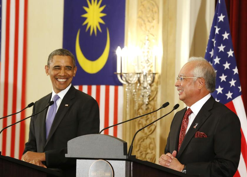 Prime Minister Datuk Seri Najib Razak (right) is seen here with US President Barack Obama at the Perdana Putra Building in Putrajaya, Malaysia. The prime minister has very close relations with the top leadership in both the United States and China. — Reuters pic