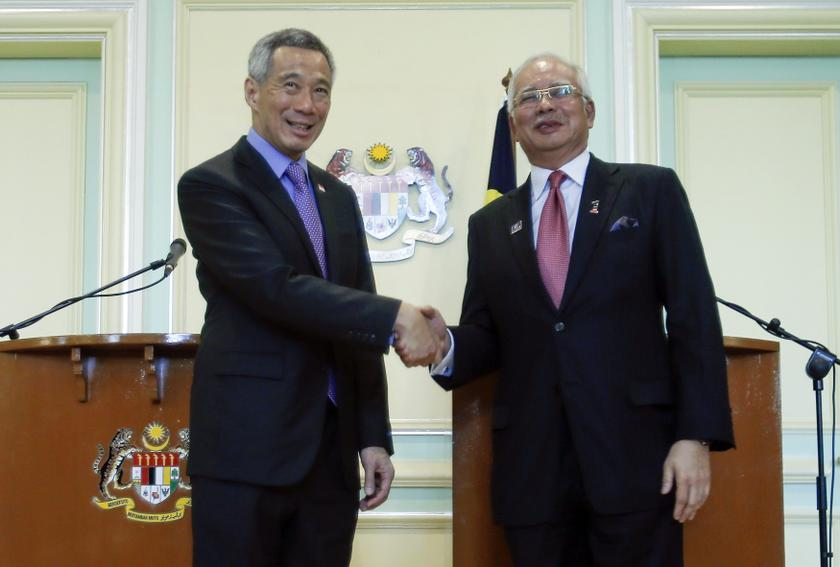 In 2010, Prime Minister Datuk Seri Najib Razak (right) and Lee Hsien Loong (left) made an agreement relocate to the 78-year-old Tanjong Pagar railway station operated by KTM to Woodlands and for the land to be jointly developed by M+S Pte Ltd, which is jointly owned by sovereign wealth funds Temasek and Khazanah Nasional. ― File pic