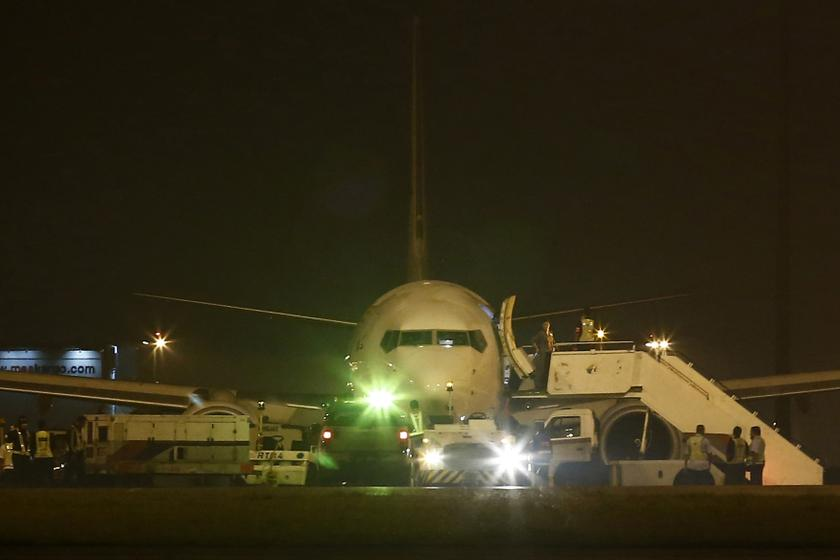 Malaysia Airlines flight MH192 from Kuala Lumpur to Bangalore is seen at Kuala Lumpur International Airport in Sepang outside Kuala Lumpur April 21, 2014. — Reuters pic