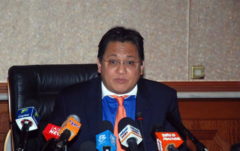 PAC chairman Datuk Nur Jazlan Mohamed met DBKL officials to discuss setting up an internal audit unit and automated IT system to collect advertising revenue. — Picture by Yusof Mat Isa