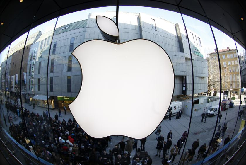 Apple now accounts for close to 7 per cent of the S&P 500's total market value. Its market capitalisation is about equal to the combined values of the S&P 500's 200 smallest companies. — Reuters pic