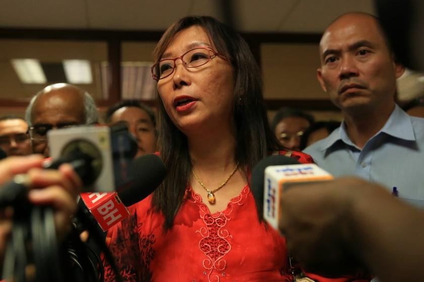 Justice Varghese George Varughese ordered the government to pay RM200,000 for general and RM150,000 in aggravated and exemplary damages to Seputeh MP Teresa Kok (pic). ― Picture by Saw Siow Feng