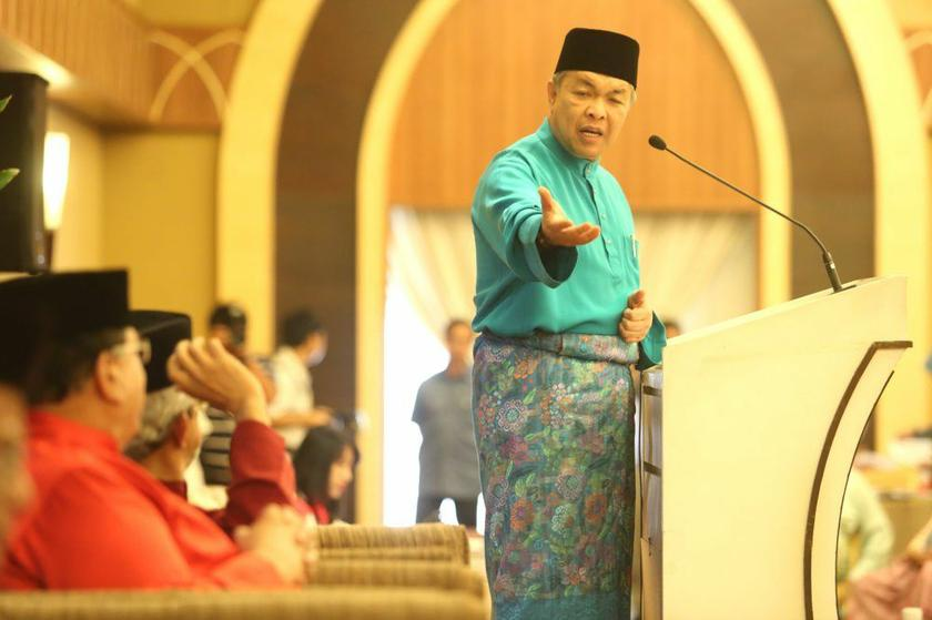 Home Minister Datuk Seri Ahmad Zahid Hamidi claims that he just wants to uphold the rights and privileges of the Malays in the country. ― Picture by Choo Choy May
