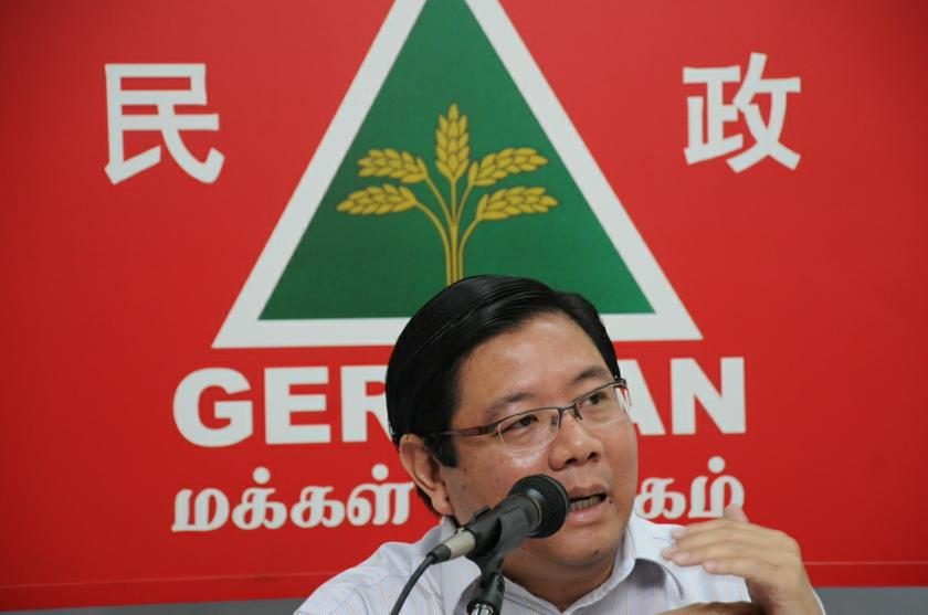 Penang Gerakan chairman Teng Chang Yeow said he will call a meeting with all BN component parties tomorrow to set up a special team to gather feedback on ways to improve disaster relief efforts. — Picture by KE Ooi