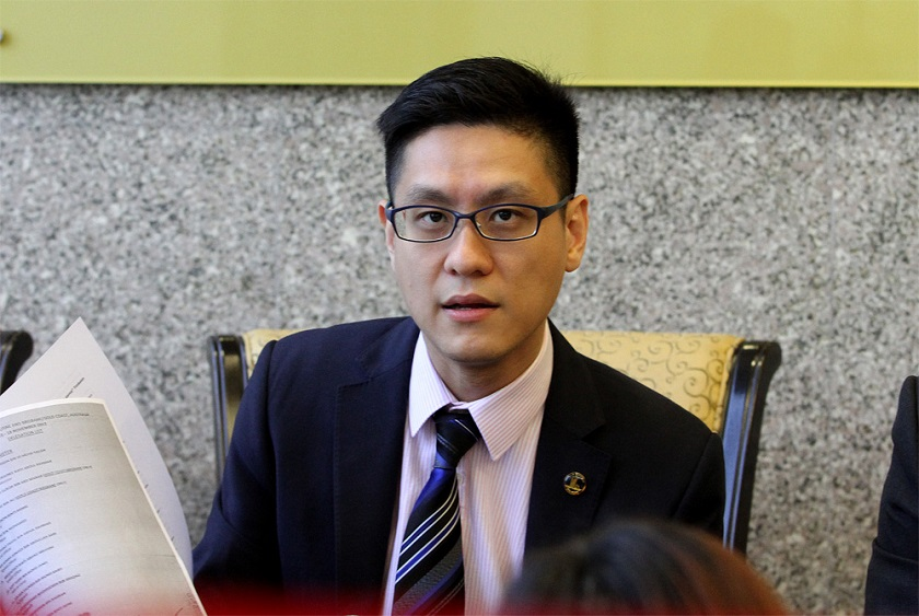 Zairil pointed out that LTH received a discount of less than three per cent by buying the land at RM188.5 million. — Picture by Yusof Mat Isa