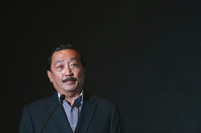 File picture shows Tan Sri Vincent Tan, the founder of the Berjaya Group, speaking during the launch of the 7-Eleven Malaysia Holdings Bhd prospectus in Kuala Lumpur. — Reuters pic