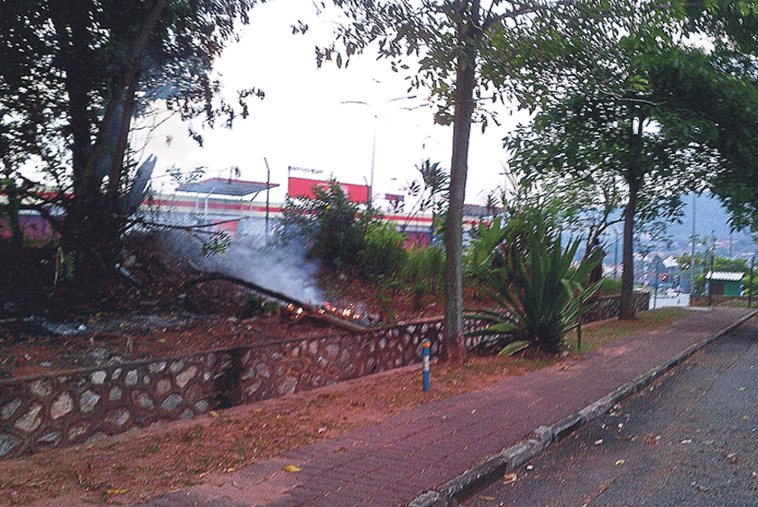 Despite repeated warnings, open burning continues, as seen at this neighbourhood in Ampang. — Picture by Malay Mail