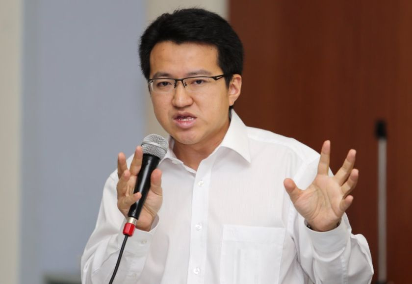 Kluang MP Liew Chin Tong says the Prime Minister's Department is hoarding funds from the government's development budget. ― File pic