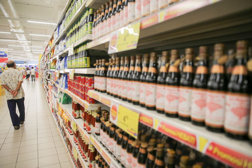 Rows of neatly stacked products are seen in a supermarket. PAS MP Siti Zailah Mohd Yusoff said the proposal for a ban of the jawi script on the packaging of non-Muslims' products should be considered as the writing system has allegedly been misused to deceive consumer. — Picture by Choo Choy May
