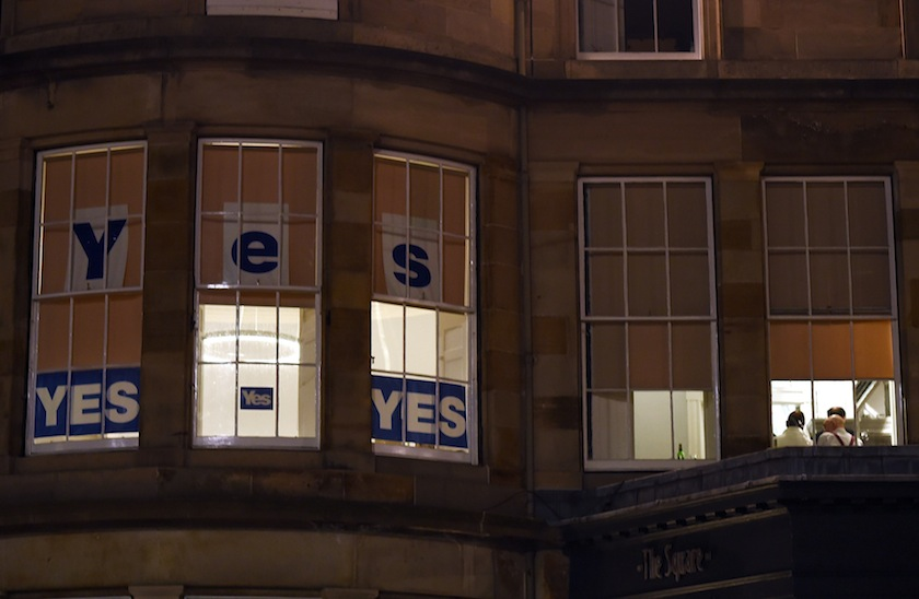 Pro-Scottish independence 'Yes' signs are seen displayed in an office's windows in central Edinburgh, Scotland September 12, 2014. — Reuters pic
