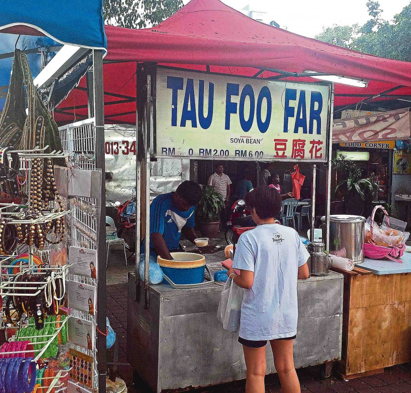 Brickfields is not only famous for Indian sweets and banana leaf lunch but also tau foo far (soya bean curd).