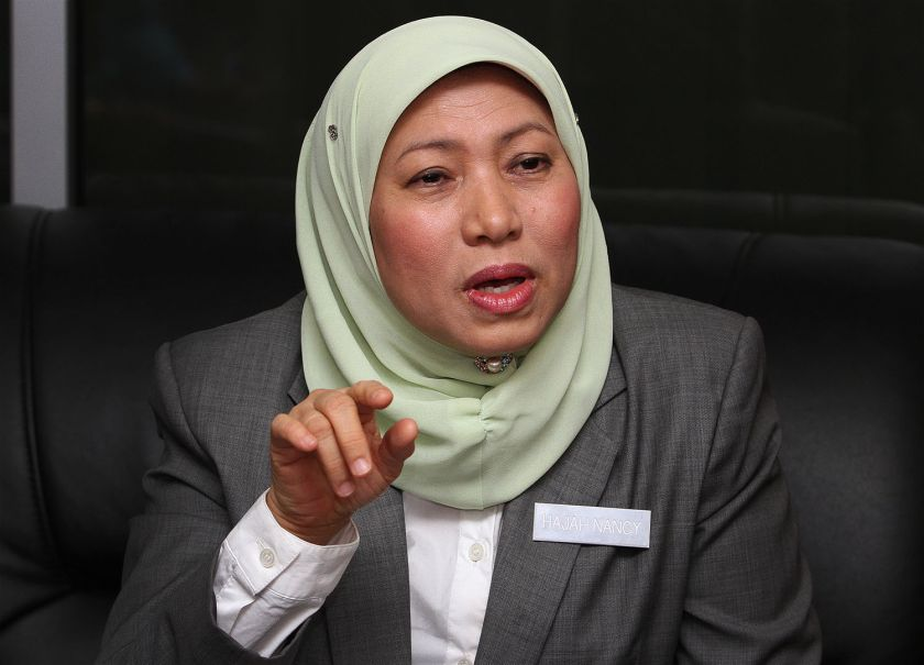 Last Wednesday, de facto law minister Nancy Shukri was quoted by Malaysiakini as telling Parliament that Ahmad Shazalee was only transferred internally and not out of the MACC. ― Picture by Yusof M