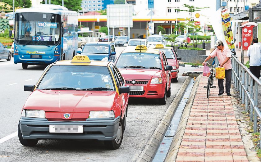 Kuala Lumpur's cabbies are notorious for inflating fares and refusing to use meters. ― Malay Mail pic