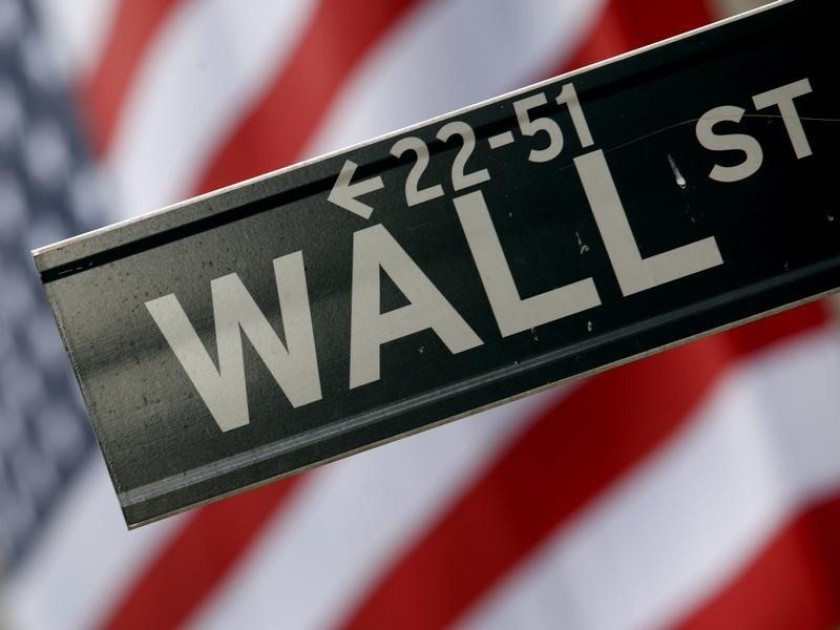 Wall Street indices rose today, with the energy and financials sectors recovering some of their losses in recent sessions. — Reuters pic