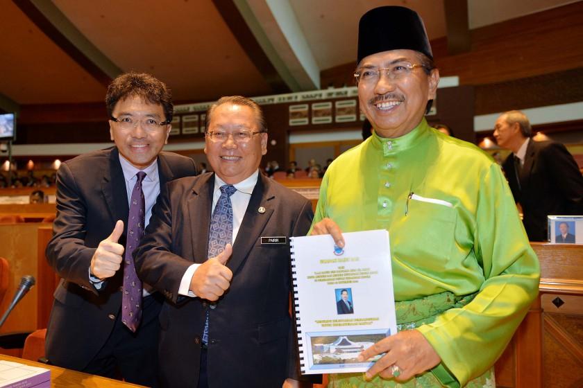 Sabah deputy chief minister Joseph Pairin Kitingan (centre), here with Chief Minister Datuk Seri Musa Aman (right) and fellow deputy chief minister Datuk Seri Raymond Tan Shu Kiah. — File pics