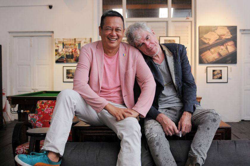 Saw Teong Hin's 'Hai Ki Xin Lor' will feature the magical touch of award winning cinematographer Christopher Doyle (right). — Picture by K.E.Ooi