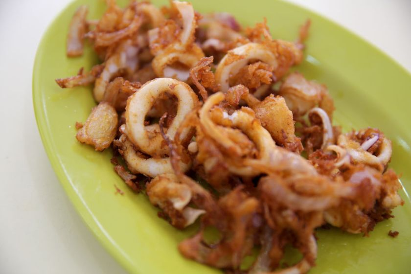You can order all kinds of fried items, like crispy fried sotong with onions.