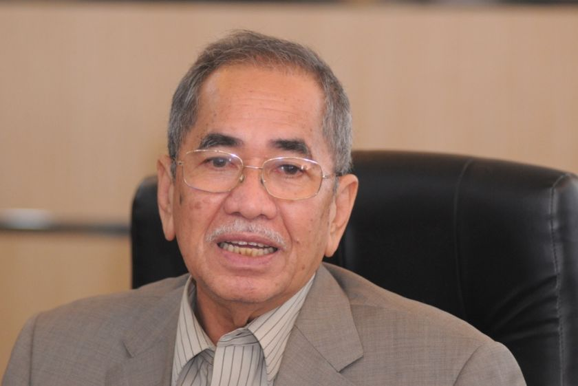 Deputy Home Minister Datuk Seri Dr Wan Junaidi Tuanku Jaafar said it is time for UN to send refugees on to other countries, January 16, 2015. ― Picture by K.E.Ooi