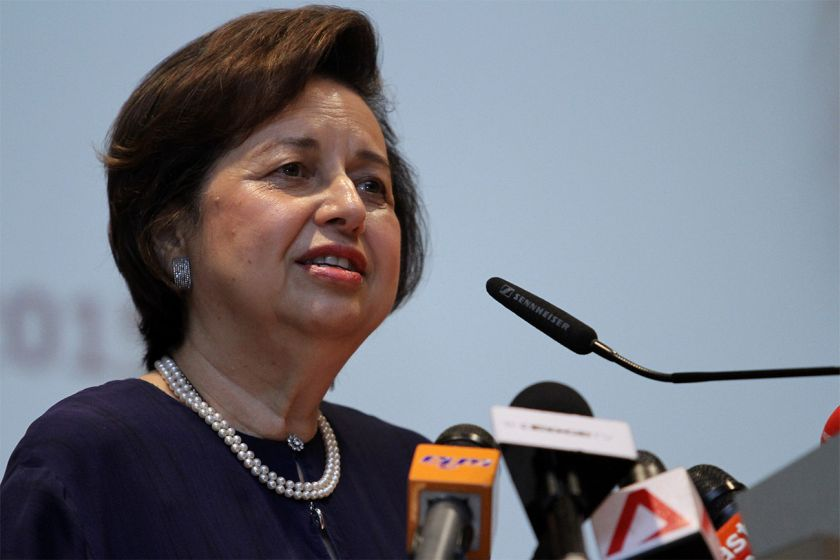 File picture shows Bank Negara Governor Tan Sri Zeti Akhtar Aziz speaks at the economic forum at the Putrajaya International Convention Centre in Putrajaya, January 20, 2015. ― Picture by Yusof Mat Isa