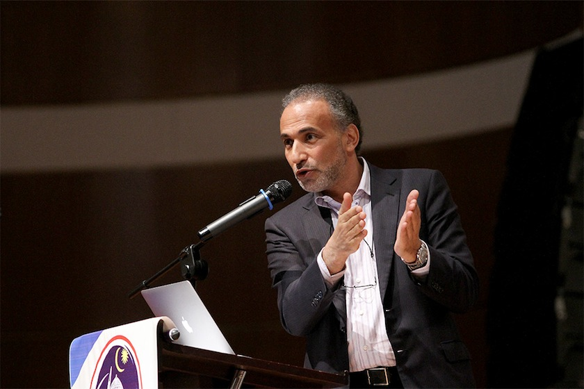 Dr Tariq Ramadan delivering his speech during International Conference 'Islam Rahmatan lil 'alamin' at the Flamingo hotel in Ampang, February 1, 2015. — Picture by Yusof Mat Isa