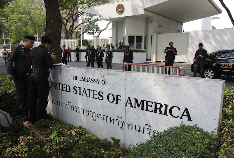 Police stand guard outside the US embassy in Bangkok January 28, 2015. — Reuters pic