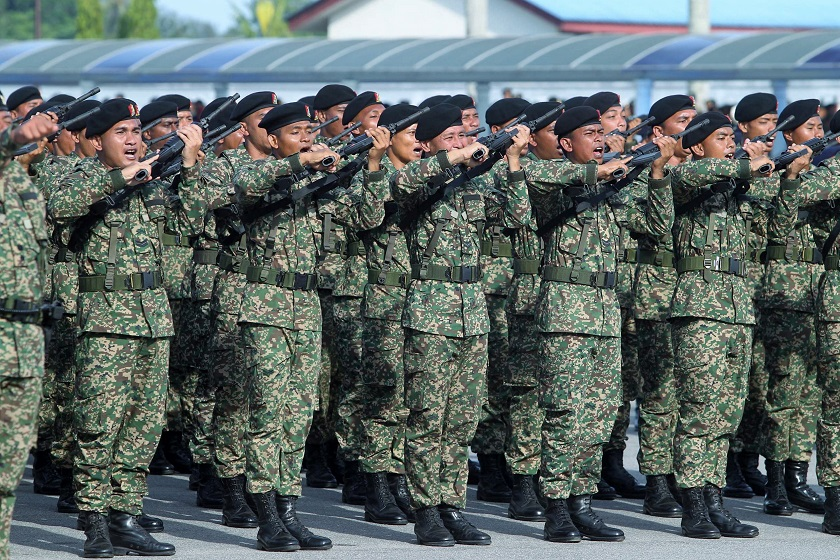 Armed forces officers' no-shows for flight caused the government over RM375,000, according to the Auditor-General report. — File pic