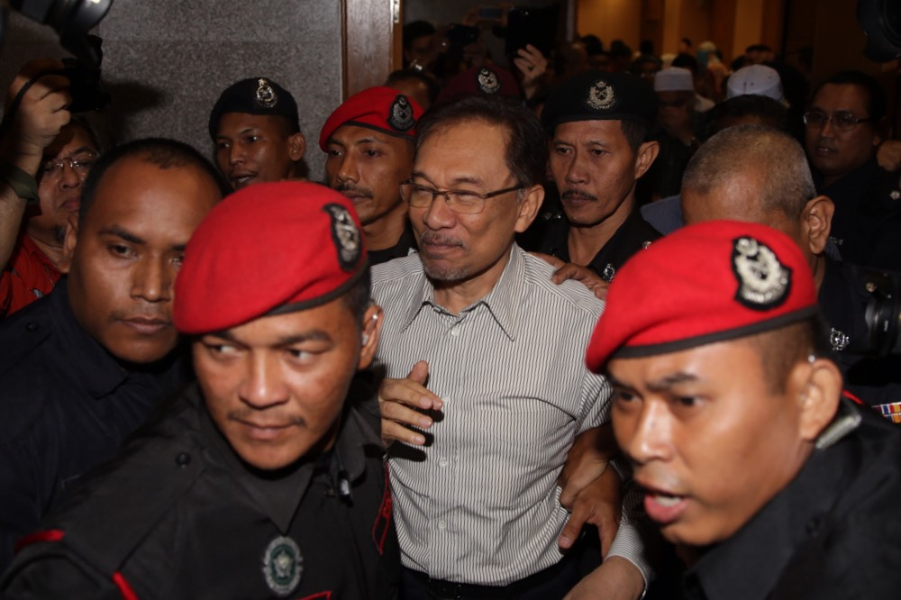 Datuk Seri Anwar Ibrahim's petition seeking a royal pardon has been rejected, his lawyers said today. — Picture by Choo Choy May