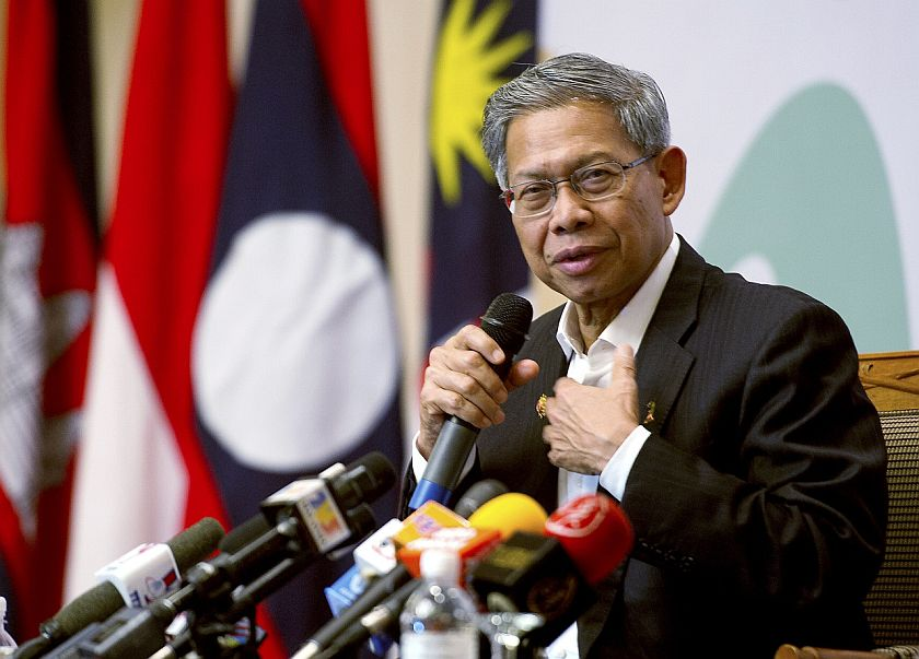 International Trade and Industry Minister Datuk Seri Mustapa Mohamed speaks to journalists at the Asean Economic Ministers retreat in Kota Baru, March 1, 2015. — Reuters pic