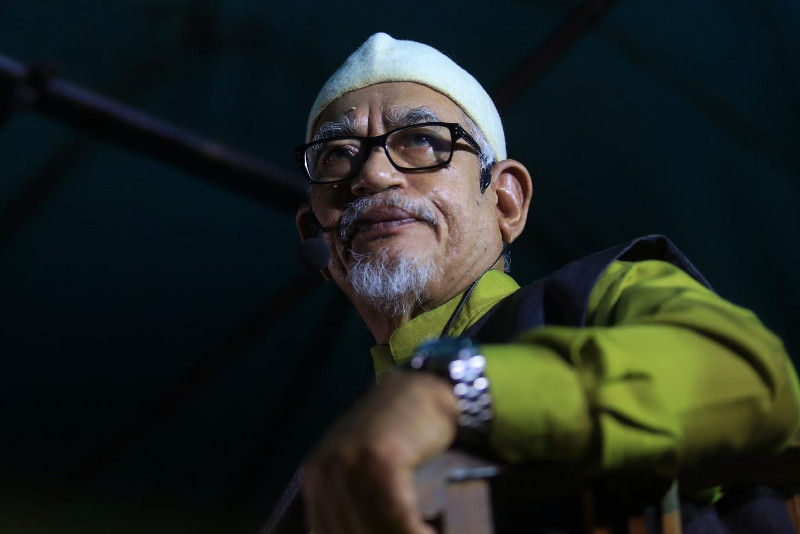 Hadi claims that in Kelantan, voters are more well-off that their leaders in government. — File pic
