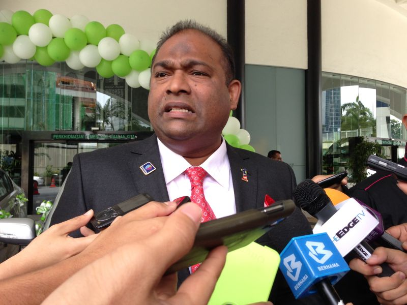File picture shows then Lembaga Tabung Haji chairman Datuk Seri Abdul Azeez Abdul Rahim speaking to reporters about the Tun Razak Exchange land sale, in May 2015. ― Picture by Melissa Chi