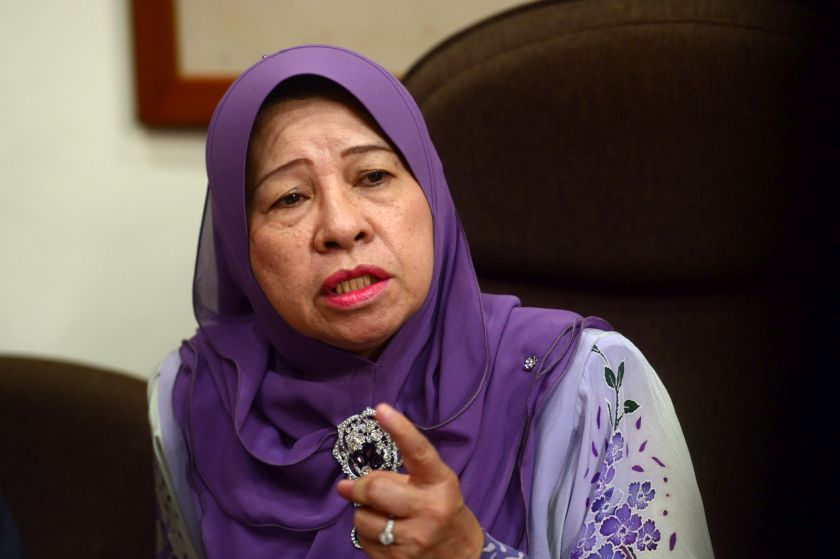Jahara accused the state government of not taking stern action against illegal entertainment outlets, massage parlours, karaoke centres and snooker centres. ― Picture by KE Ooi