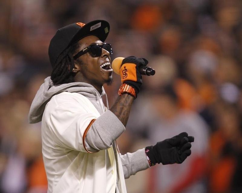 In Florida:Rapper Lil Wayne faces gun charge - Tatahfonewsarena