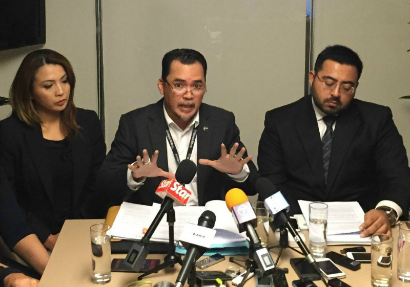 NUFAM president Ismail Nasaruddin speaking to reporters at a press conference in Petaling Jaya, June 9, 2015. — Picture by Kamles Kumar
