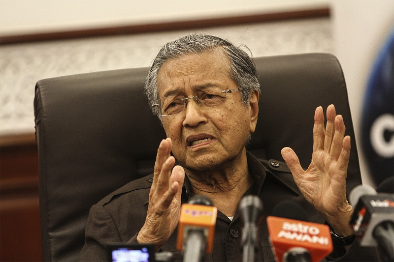 Former prime minister Tun Dr Mahathir Mohamad will discuss his 'most dangerous idea' at the Cooler Lumpur Festival. — Picture by Yusof Mat Isa