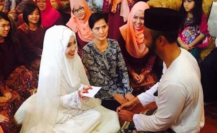 Felixia Yeap married Reza Khairi Ahmad, CEO of NanoMalaysia Bhd.
