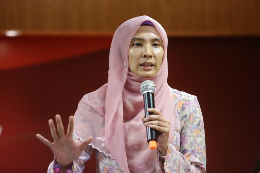 PKR vice-president Nurul Izzah Anwar said the suit was imperative as the legitimacy of the 13th general election and BN's rule have been brought into disrepute by the exposé. — Picture by Choo Choy May