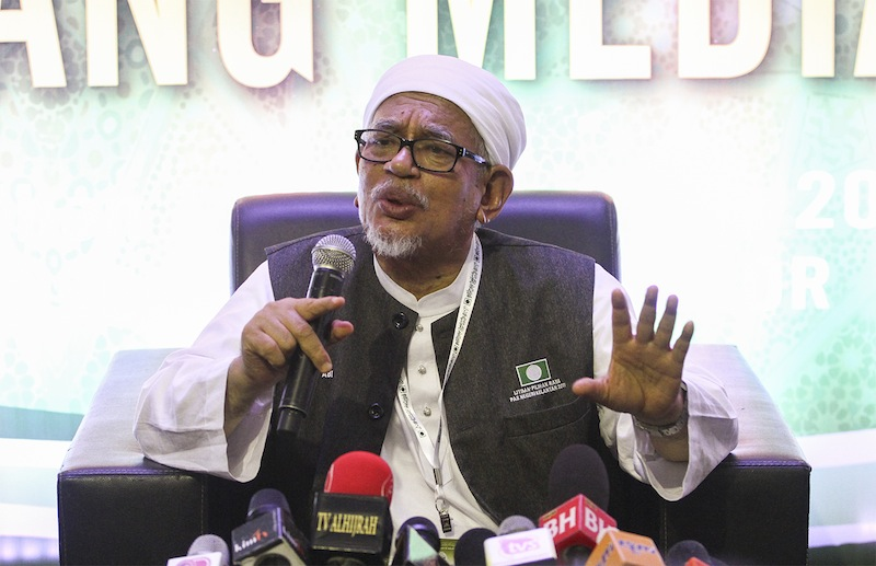 Hadi said non-Muslims need not worry of tyranny or unequal treatment, claiming Islam forbids leaders to act in such way against anyone, including the non-Muslims. — Picture by Yusof Mat Isa