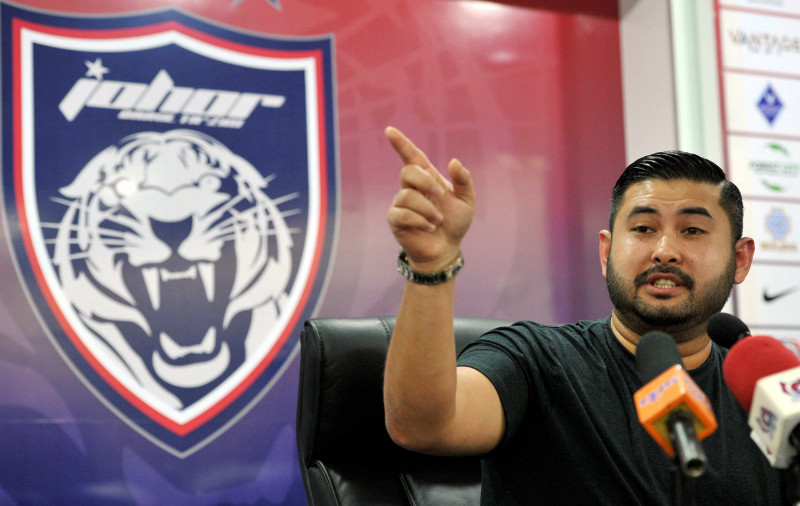 Several people have been arrested over the past months for posting offensive remarks about Tunku Ismail on social media, with most of them investigated under Section 233 of the Communications and Multimedia Act 1998. — File pic