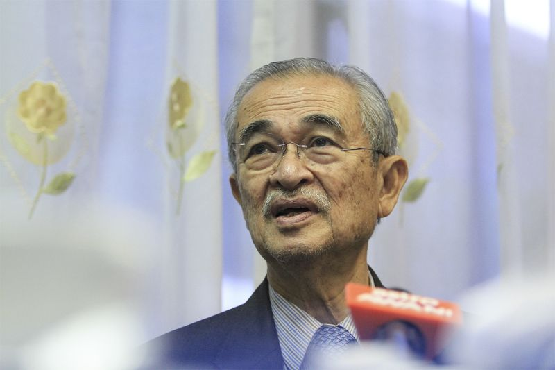 Tun Abdullah Ahmad Badawi speaks at a conference on Malaysian Islamic Economic And Finance in ILIM, Bangi in this file picture taken on July 29, 2015. ― Picture by Yusof Mat Isa