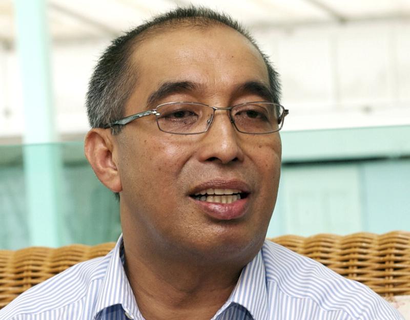 Datuk Seri Mohd Salleh Said Keruak said RTM would readily broadcast live any debate between Tony Pua and Arul Kanda. — Bernama pic
