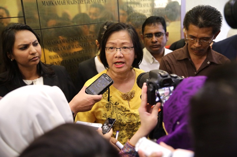 Bersih 2.0 chairman Maria Chin Abdullah Maria (centre) urged 'Anonymous Malaysia' to stop misusing the Bersih 4 campaign, adding that their threats would only jeopardise the rally. ― File pic