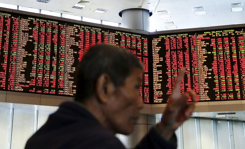 All indexes and sectoral indices were in green territory, with the FTSE Bursa Malaysia KLCI (FBM KLCI) gaining 3.8 points to 1,600.38 as at 9.05am. — Reuters pic