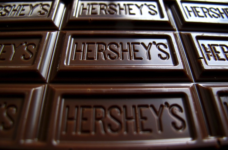 Ivory Coast and Ghana, the world's number one and two cocoa producers respectively, on Monday accused confectionery giants Hershey's and Mars of sidestepping a deal to pay the living income differential (LID), a bonus of US$400 per tonne of cocoa, the raw material for chocolate. —Reuters pic