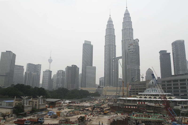 According to government data, Malaysia's consumer price index rose by 3.4 per cent in June. — Picture by Yusof Mat Isa