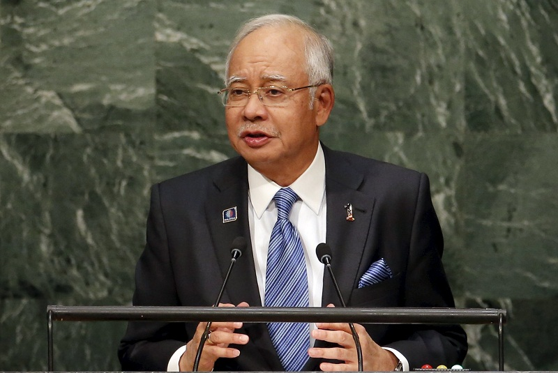 AG Tan Sri Apandi Ali says Datuk Seri Najib Razak (pic) may be risking 'subjudice' if he attempted to answer in person with investigations into the surrounding 1MDB controversy still ongoing. ― File pic
