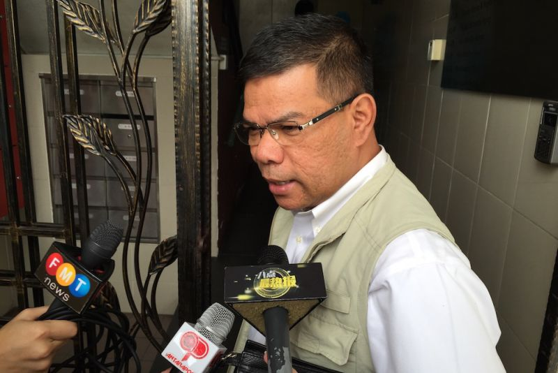 PKR secretary-general Datuk Saifuddin Nasution Ismail also said his party will convene an immediate leadership meeting to discuss the development, which could put its control of the Selangor administration in doubt. — Picture by Zurairi AR