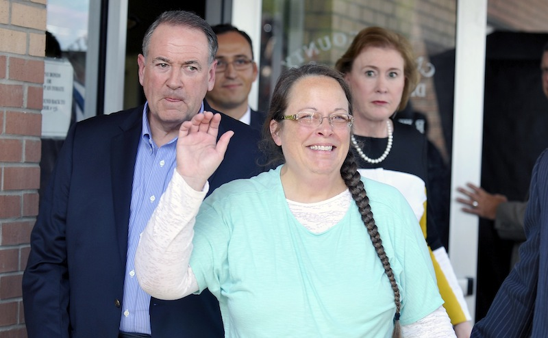 Davis was jailed for five days for defying court orders in the aftermath of the Obergefell decision to issue licences to same-sex couples. — Reuters pic